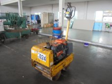 HAND GUIDE ROLLER BOMAG  BW61KS 232150            CANCELLED / ยกเลิก
